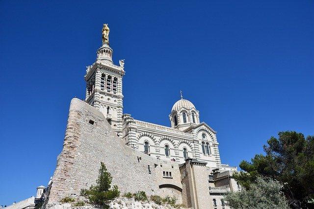 Marsilia la 106 euro/p cu cazare și zbor inclus, pentru 5 zile
