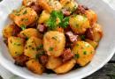 Modalități de preparare a cartofilor țărănești