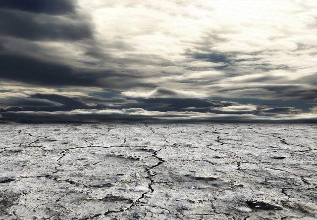Despăgubiri pentru secetă, inundații și temperaturi excesive