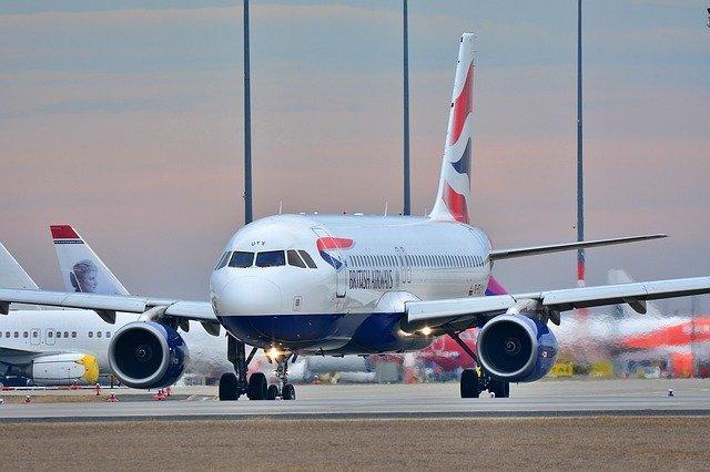 TOP 10 aspecte interesante ale călătoriei cu avionul
